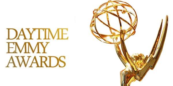 Imagen promocional de los Primetime Emmy Awards 2015. Los Creative Arts Emmy Awards 2015, premian a lo mejor de la TV, pero en detalles que en ocasiones dejamos pasar, celebrando lo mejor y más fantástico del trabajo detrás de las cámaras en cada set de televisión, edición, fotografía, título, y mucho más.
