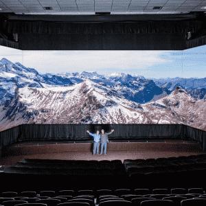Barco Escape, el futuro de las salas de cine