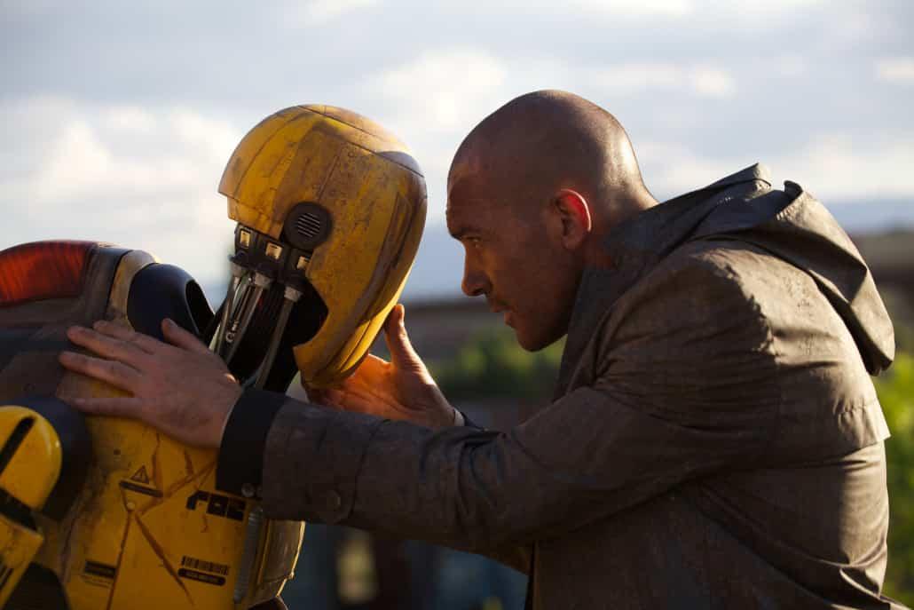 Antonio Banderas protagoniza el thriller futurístico de ciencia ficción 'Autómata'.