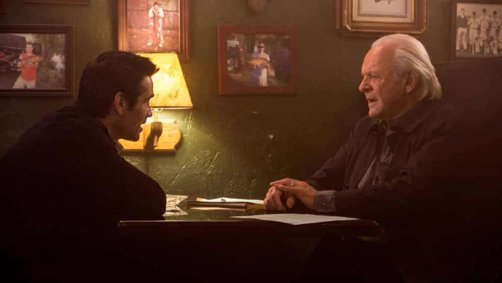Colin Farrell y Anthony Hopkins en la cinta 'En la Mente del Asesino' (Solace, 2015).