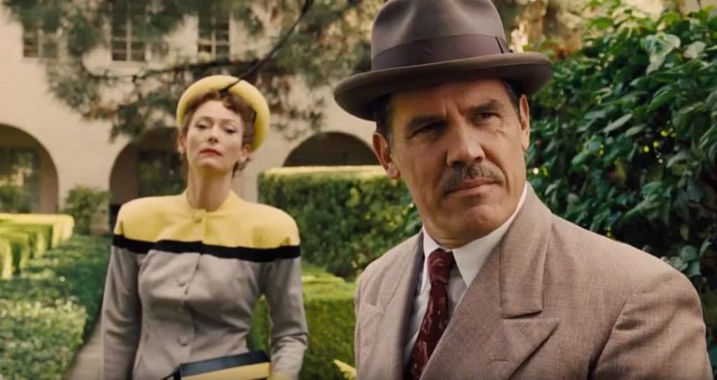Tilda Swinton y Josh Brolin en 'Salve, César!' (Hail, Caesar!). © 2015 - Universal Pictures