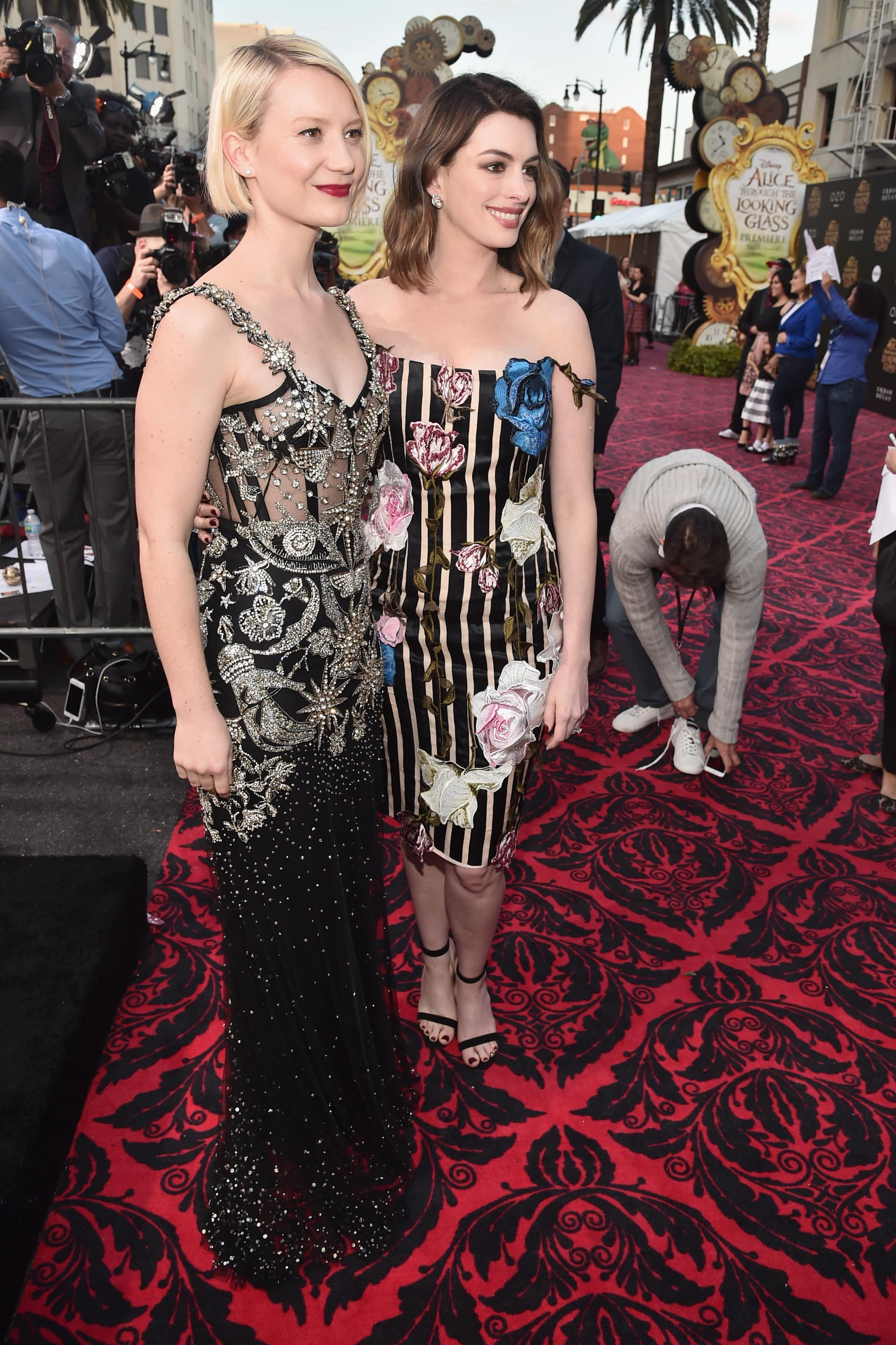 HOLLYWOOD, CA - MAY 23: Actresses Mia Wasikowska (L) and Anne Hathaway attend Disney's 'Alice Through the Looking Glass' premiere with the cast of the film, which included Johnny Depp, Anne Hathaway, Mia Wasikowska and Sacha Baron Cohen at the El Capitan Theatre on May 23, 2016 in Hollywood, California. (Photo by Alberto E. Rodriguez/Getty Images for Disney) *** Local Caption *** Mia Wasikowska; Anne Hathaway