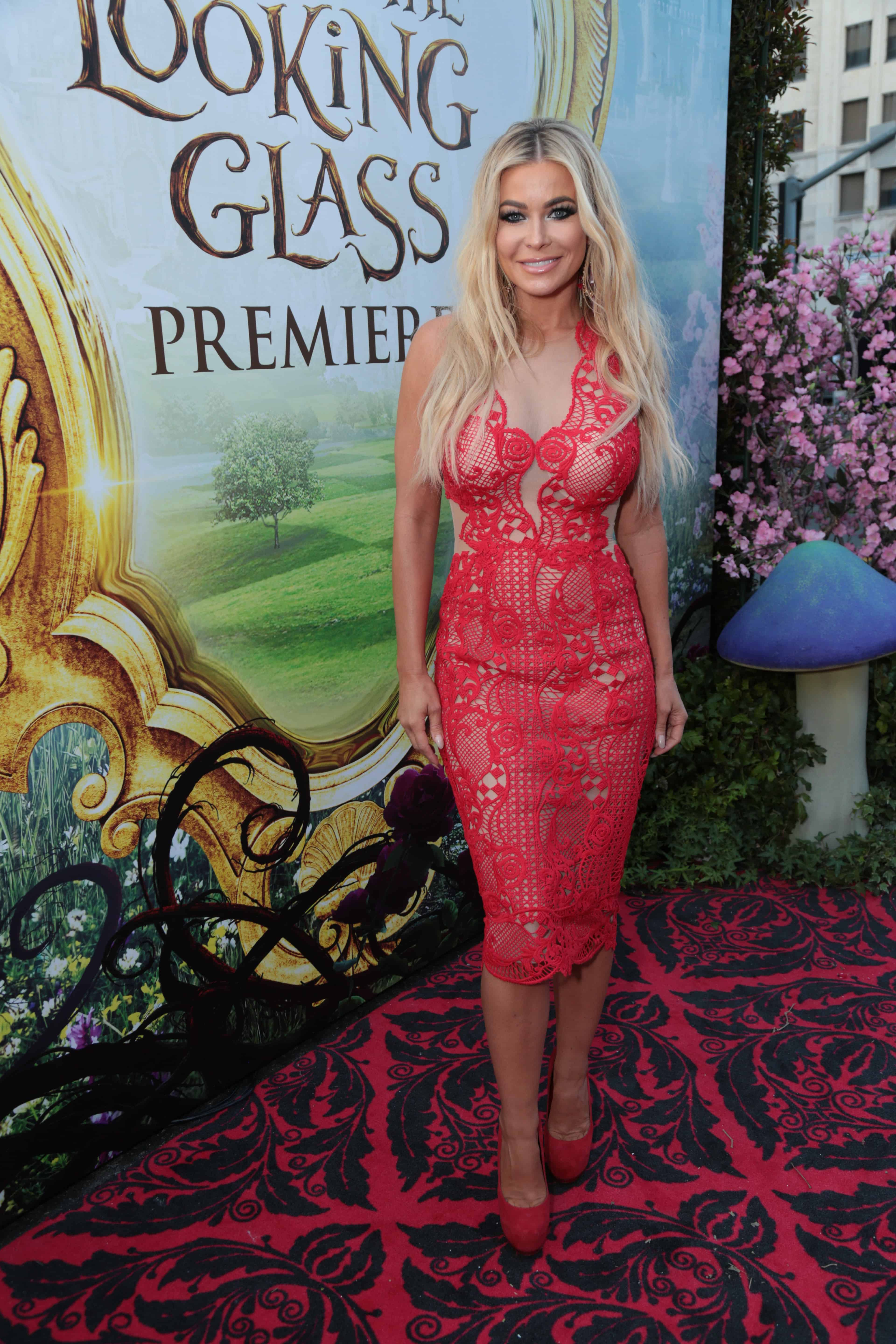 "Carmen Electra arrives at The US Premiere of Disney's ""Alice Through the Looking Glass"" at the El Capitan Theater in Los Angeles, CA on Monday, May 23, 2016. (Photo: Alex J. Berliner/ABImages)"