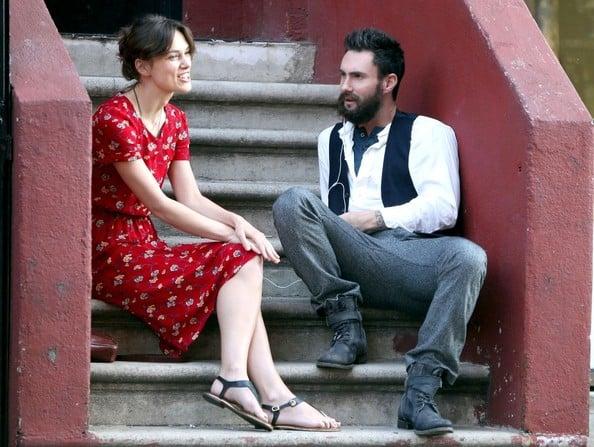 Adam Levine y Keira Knightley en 'Begin Again', 2013.