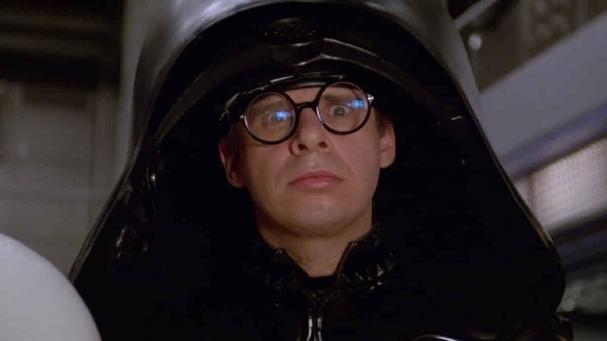 Rick Moranis sale del retiro para reinterpretar a Dark Helmet de Spaceballs