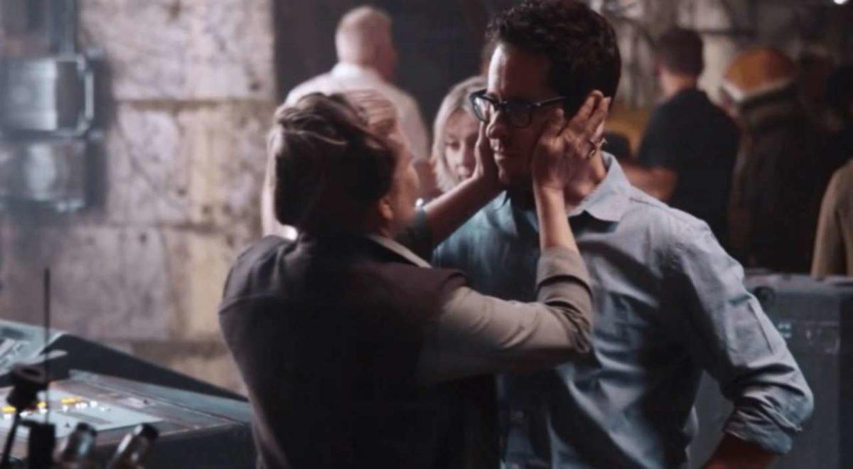 JJ Abrams inicia rodaje de Star Wars: Episode IX con mensaje y primera imagen desde el set