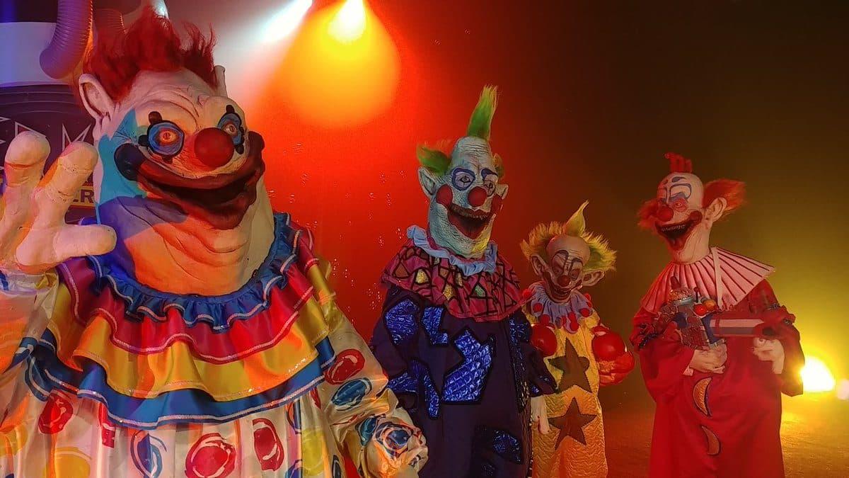 Killer Klowns from Outer Space y Critters tendrán películas en SYFY de acuerdo a reportes recientes