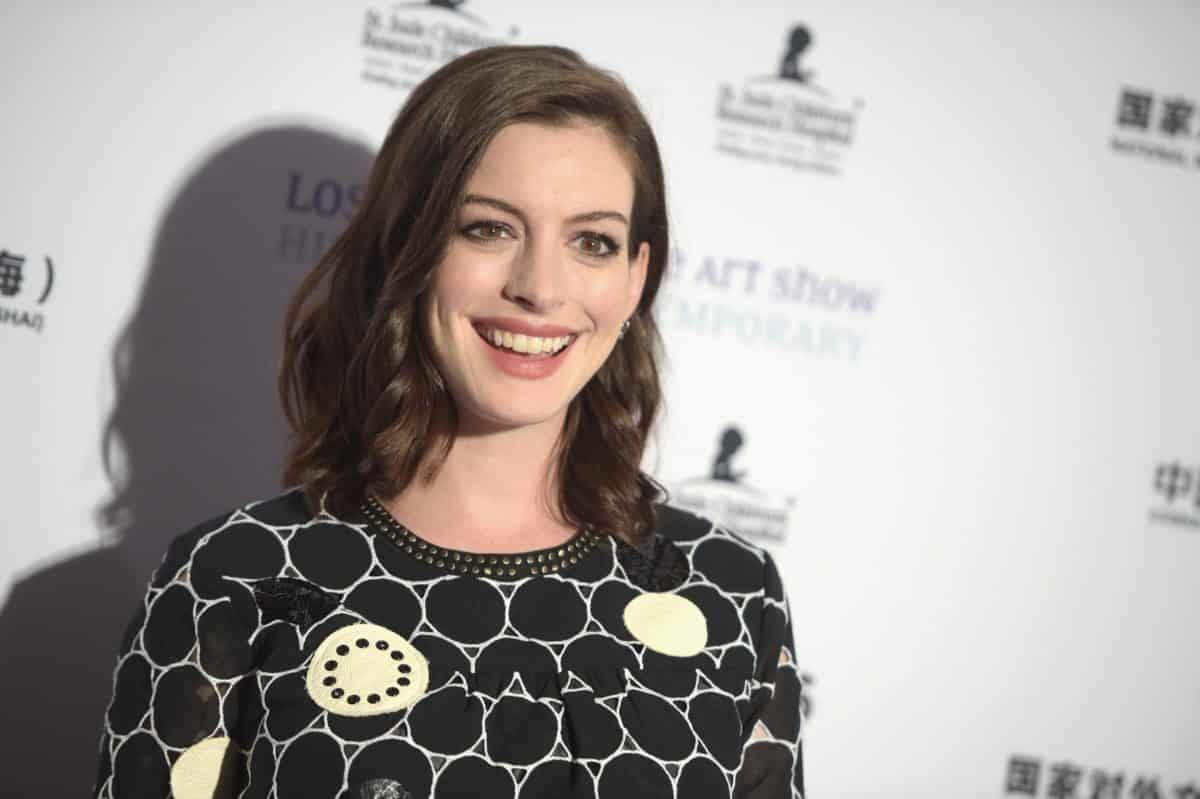 Anne Hathaway negocia protagonizar remake de The Witches de Robert Zemeckis