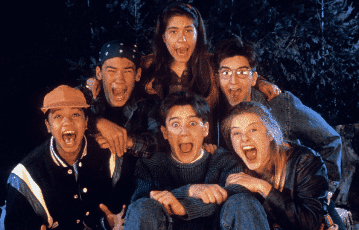 Paramount desaparece lanzamiento en cines de Are You Afraid of the Dark? nueva fecha por confirmar