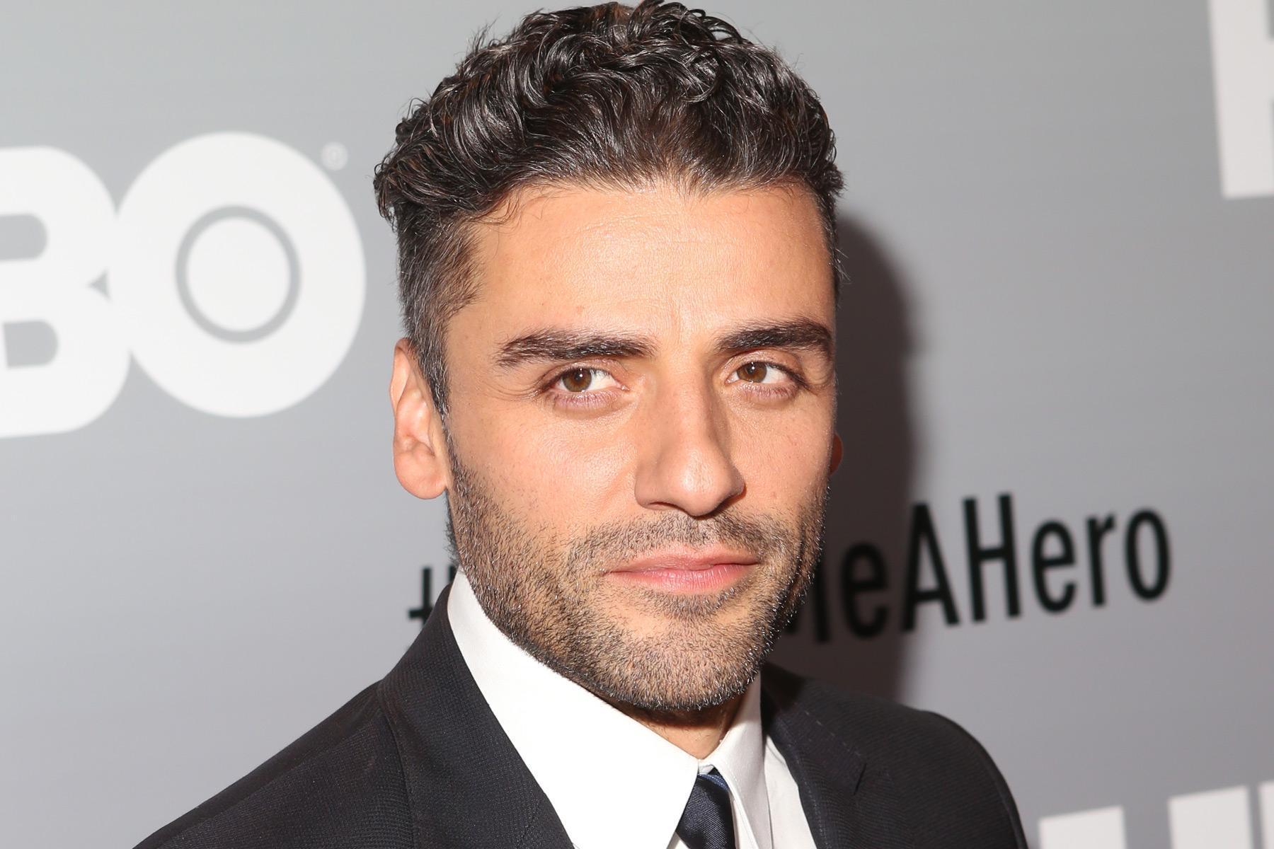 Oscar Isaac responde al rumor de que será el nuevo Batman