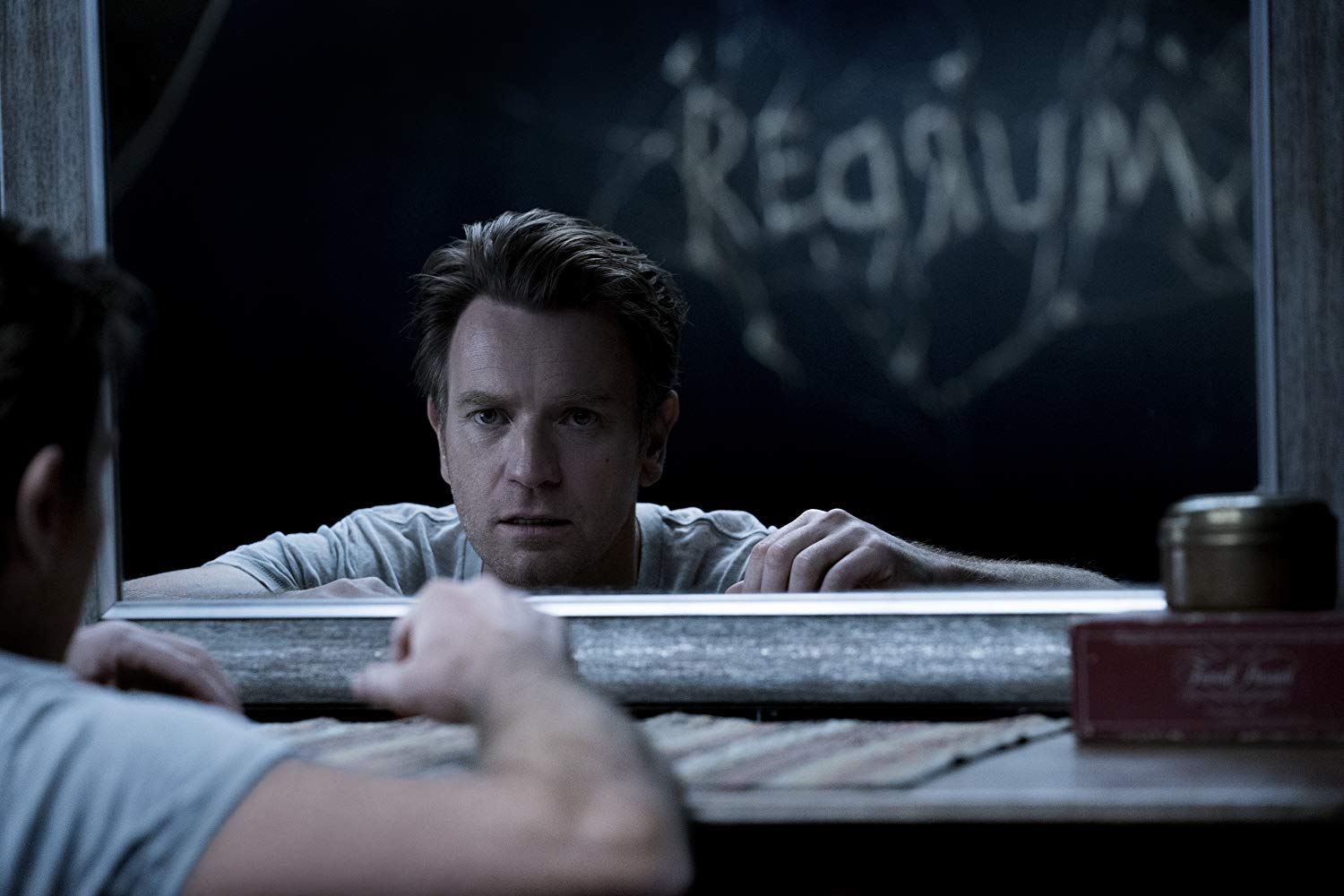Doctor Sleep de Mike Flanagan revela intenso tráiler final oficial