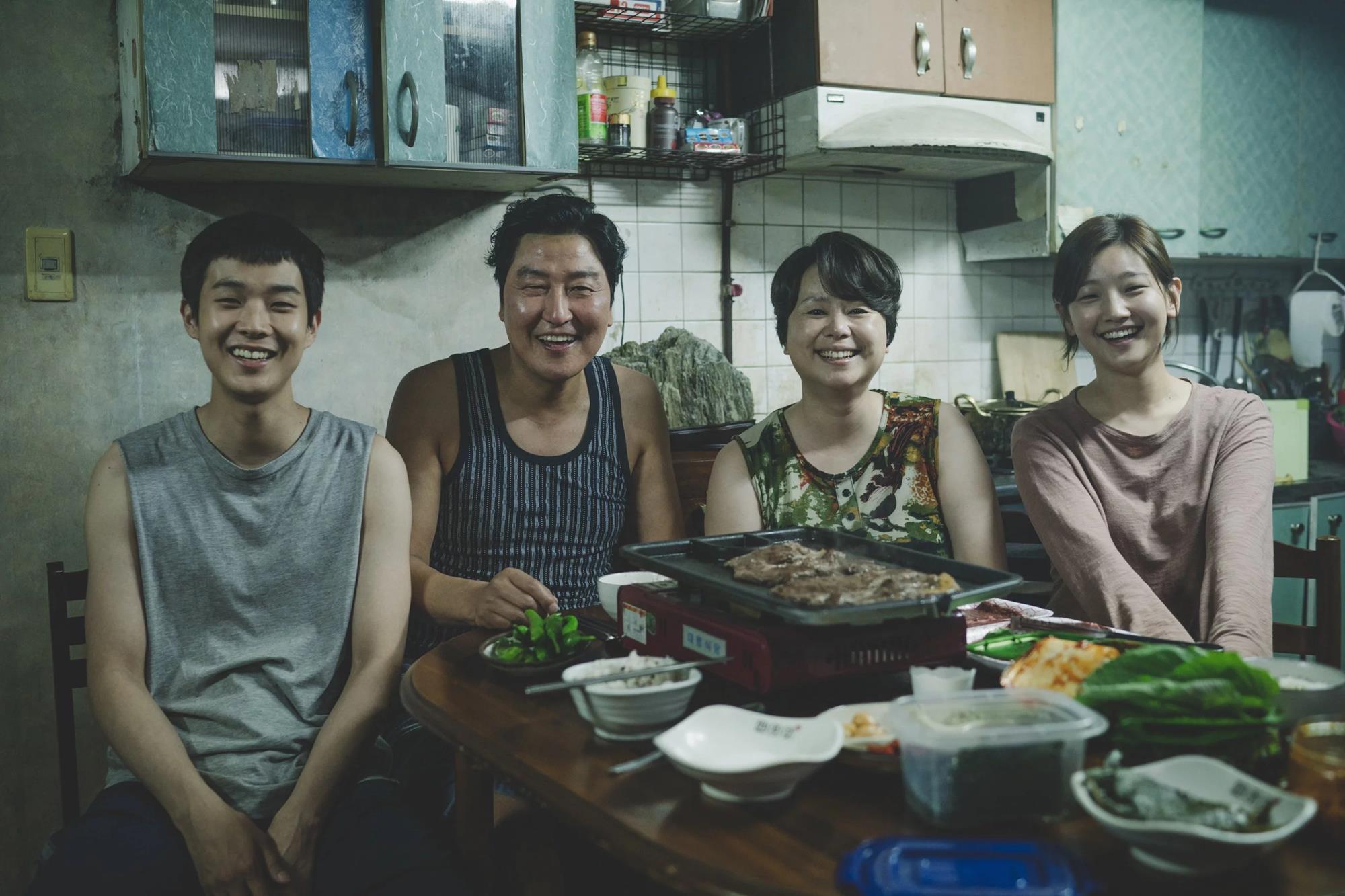 La taquilla le sonríe a la oscarizada Parasite de Bong Joon-Ho