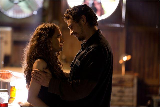 """James Franco y Winona Ryder en """"Homefront"""""""