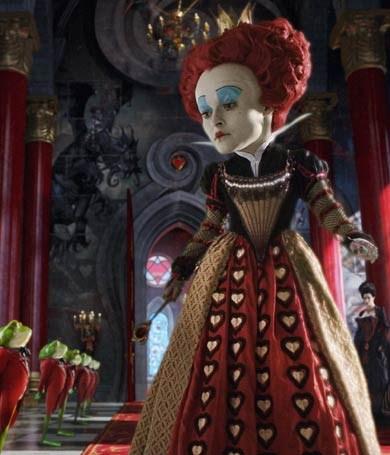 Helena Bonham Carter como la Reina Roja
