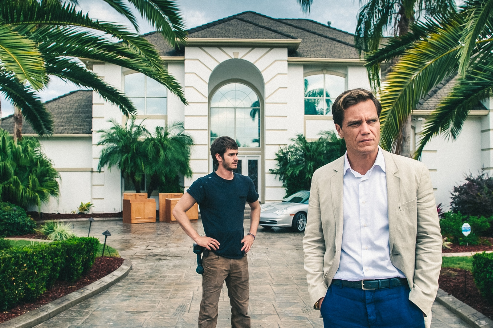 Andrew Garfield y Michael Shannon protagonizan '99 Homes'.  © Broad Green Pictures