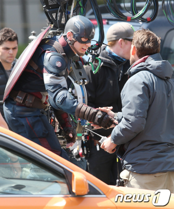 Captain America AOU 1