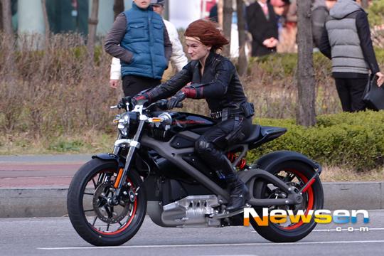 Black Widow AOU 5