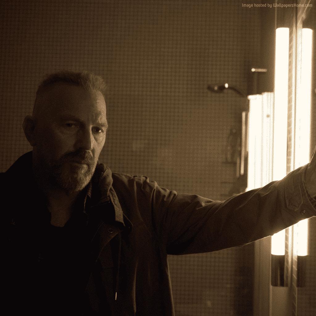 Kevin Costner como Jericho, un sociópata sarcástico que acaba convirtiéndose en un cliché