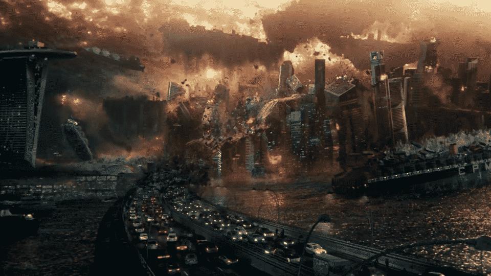 Una de numerosas secuencias de destrucción