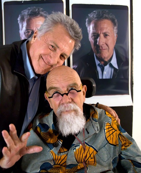 Dustin Hoffman y Chuck Close. Foto: Vanity Fair
