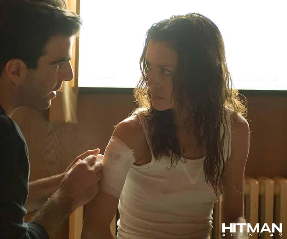 Hannah Ware es Katia en Hitman