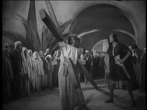 Nadie se pregunta aquí si se salvará de la cruz.