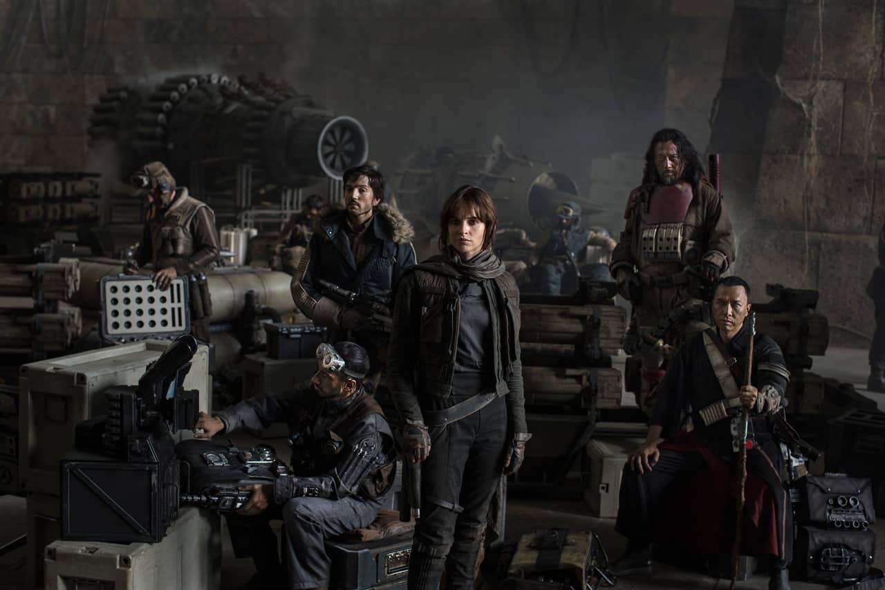 Hasta hoy, esta era la única imagen oficial de Rogue One, algunos obsesivos comenzaban a especular que la falta de promoción era una mala señal