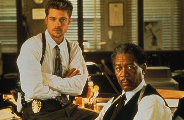 """Brad Pitt y Morgan Freeman en """"Seven"""""""