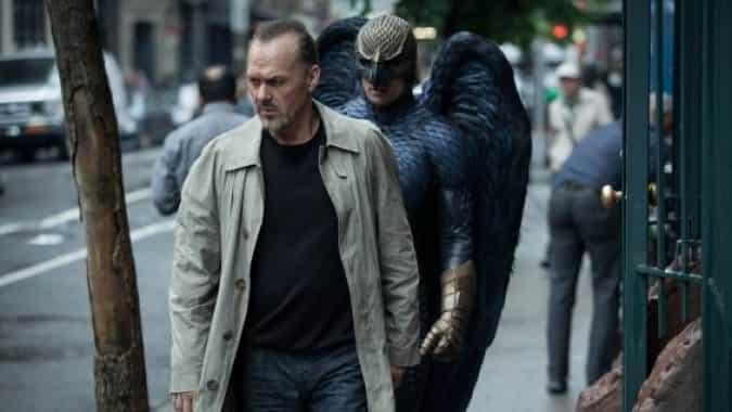 Imagen promocional de Birdman con Michael Keaton. Se han dado los Independent Spirit Awards, esto en su 30ma edición con grandes ganadores. Entre los mayores ganadores se encuentran Boyhood, Whiplash y Birdman que se llevó la mayor cantidad de premios.