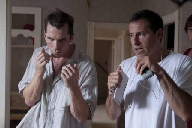 Christian Bale y David O. Russell en el set de filmación de la película The Fighter.