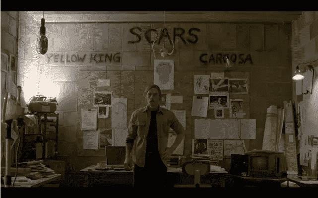 Imagen Promocional de Matthew McConaughey en la primera temporada de True Detective, serie original de HBO. Según varios sitios, se ha revelado el guión para el primer episodio de la 2da temporada de True Detective. True Detective es creado por Nick Pizzolatto y estelarizado por Collin Farrell, Taylor Kitsch, Vince Vaughn y Rachel McAdams, para su segunda temporada.