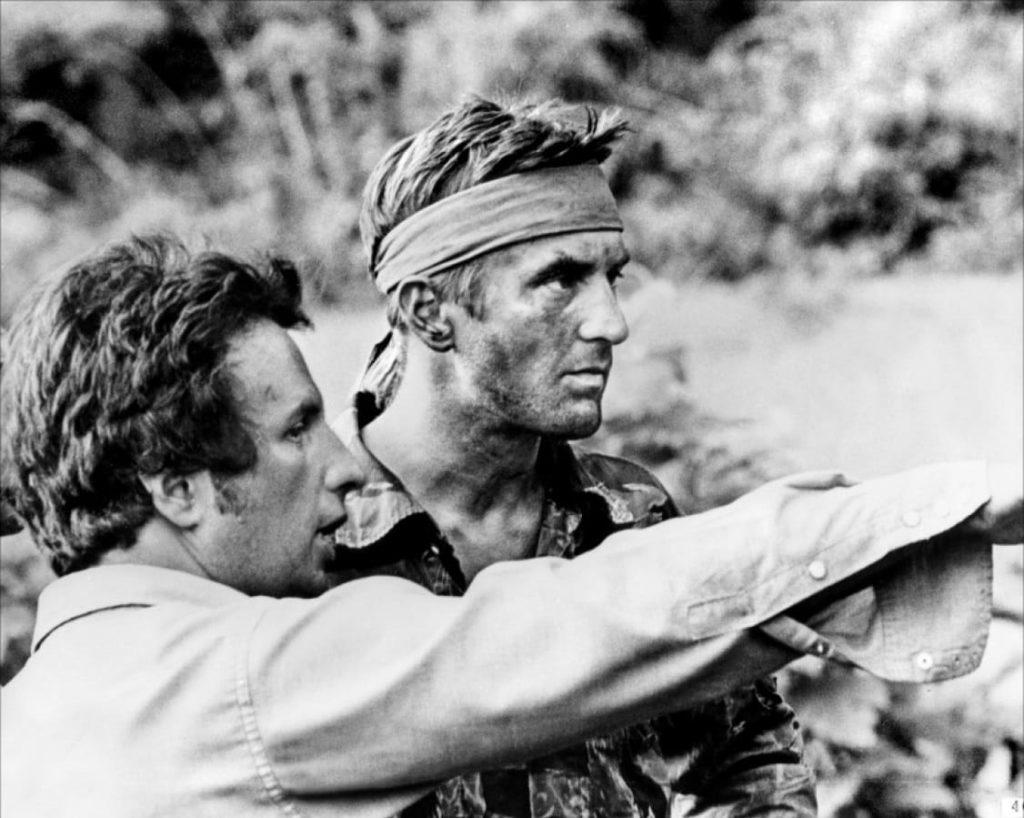 Robert de Niro y Michael Cimino en El Francotirador
