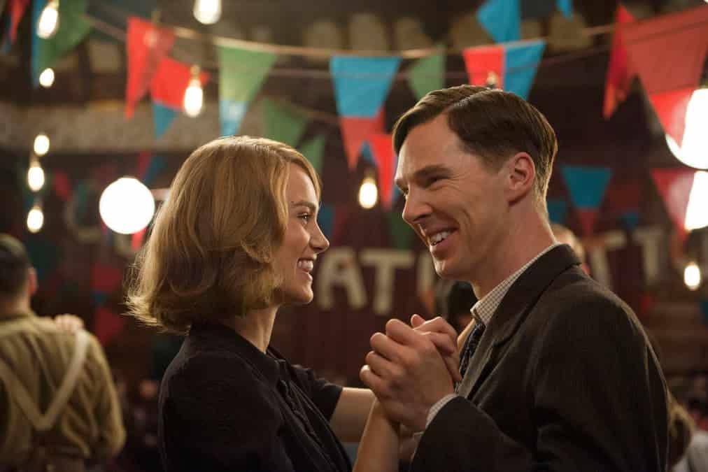 Imagen promocional de The Imitation Game con Benedict Cumberbatch y Keira Knightley. Cinta ganadora en los WGA Awards. Los WGA Writers Guild Awards anunciaron a los ganadores de este 2015 a lo mejor de guiones para Cine, TV, Radio y videojuegos.