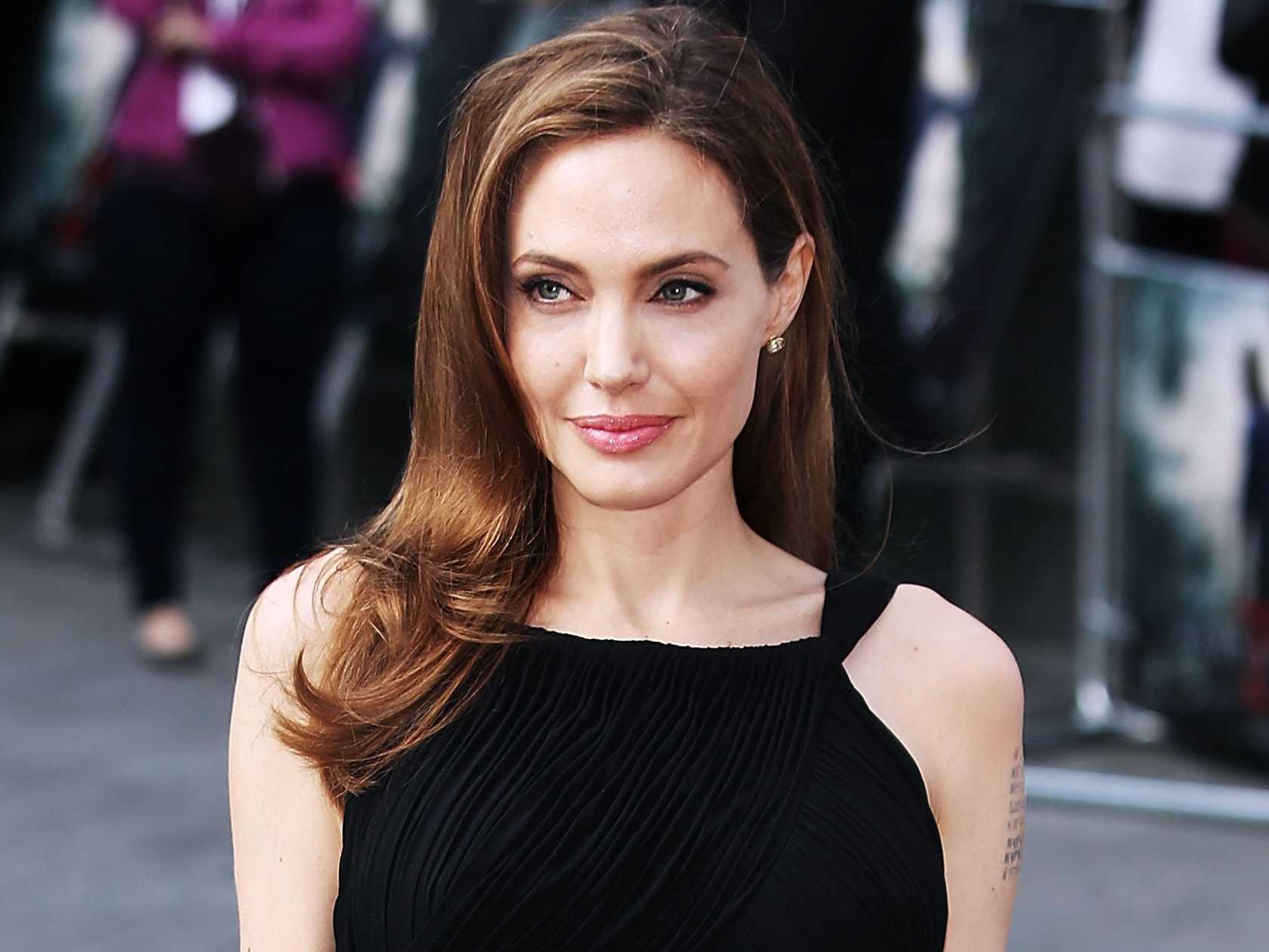 Angelina Jolie protagonizará y producirá el thriller The Kept basado en la novela homónima