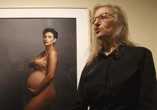 Anne Leibovitz y su controvertida visión del embarazo de Demi Moore