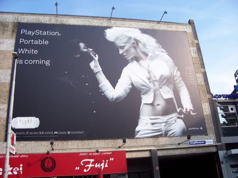 Un gran error en el anuncio del PSP blanco en la década pasada