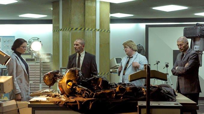 Antonio Banderas y Robert Forster son parte del elenco del thriller de ciencia ficción 'Autómata'.
