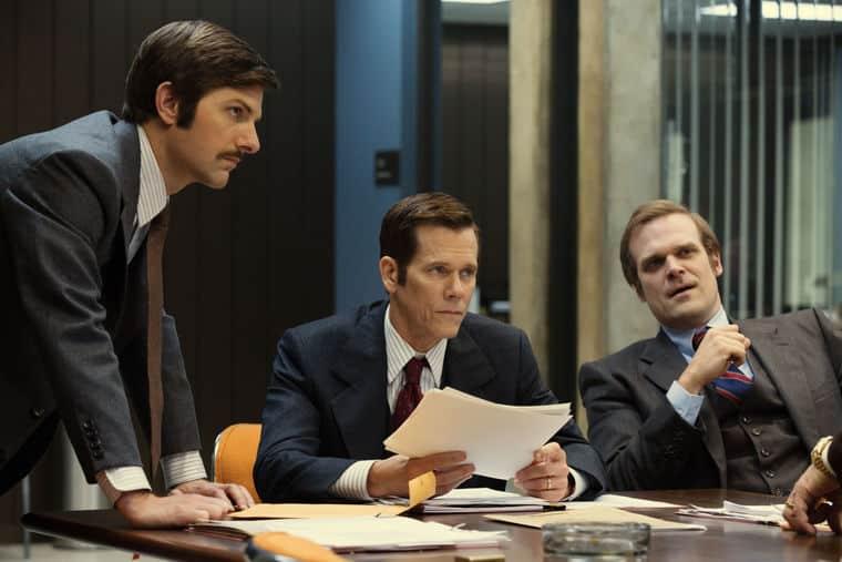 Los actores Adam Scott, Kevin Bacon y David Harbour personifican al equipo del FBI decidido a atrapar a Whitey Bulger en 'Black Mass'.