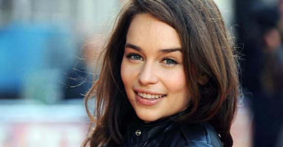 "Emilia Clarke protagonizará ""Terminator: Genesis"""
