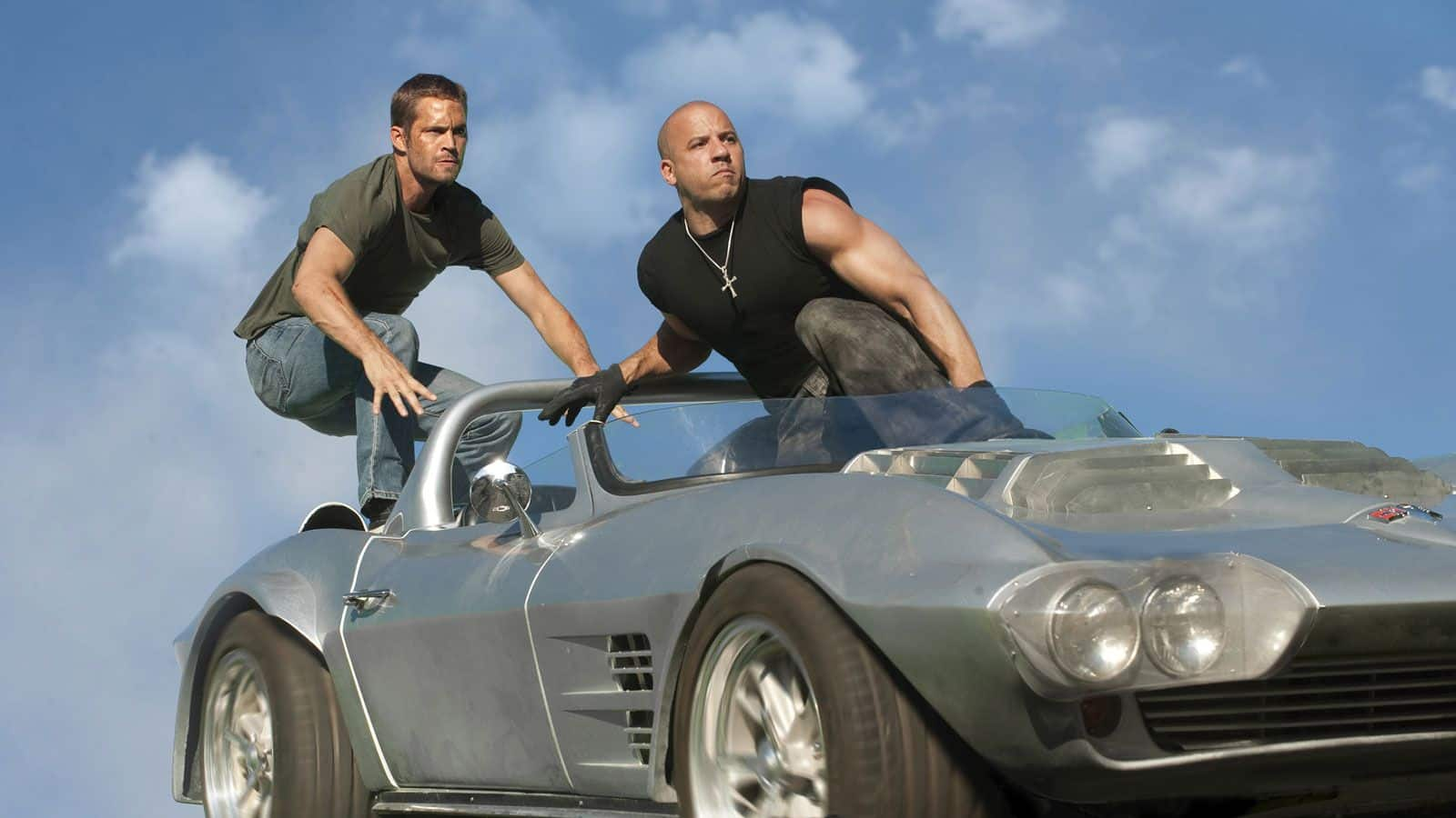 """Paul y Vin Diesel en una escena de acción en """"Fast 5"""""""