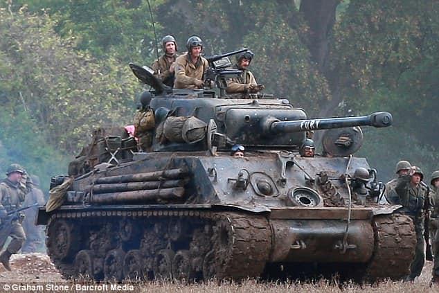 Elenco a bordo del tanque 'Fury'