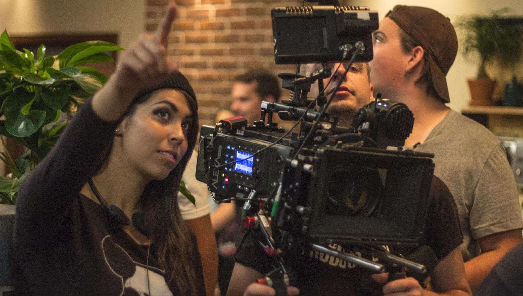 Screen Gems prepara película sobre la Santa Muerte con la cineasta Gigi Saúl Guerrero