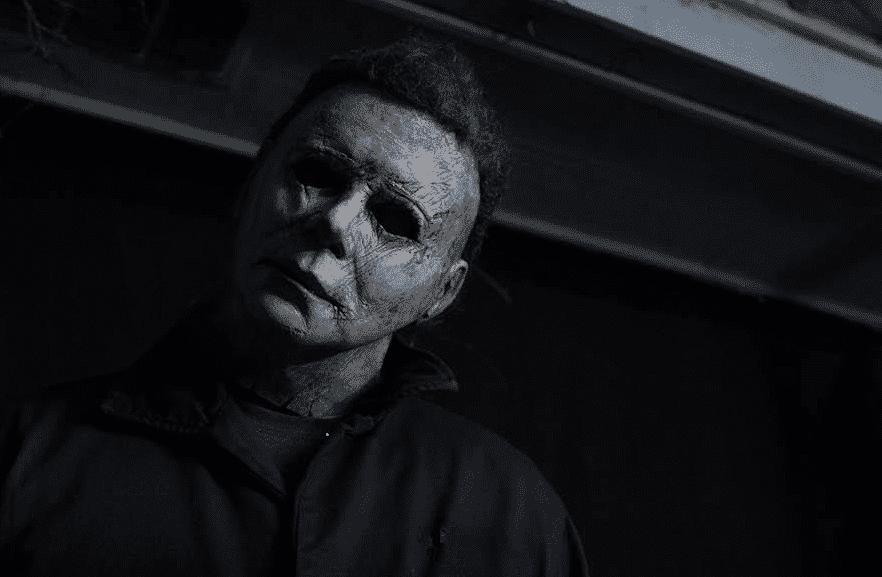 Halloween libera nueva imagen de Michael Myers en pose icónica de film original
