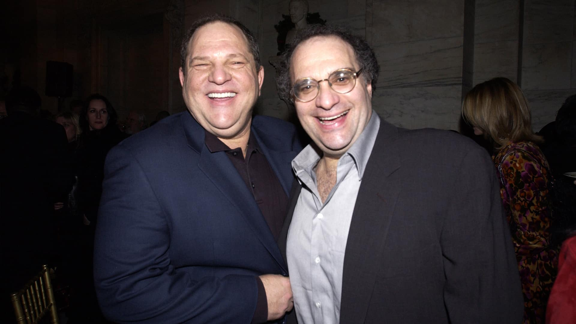 Los hermanos Weinstein, Harvey y Bob. (WireImage)