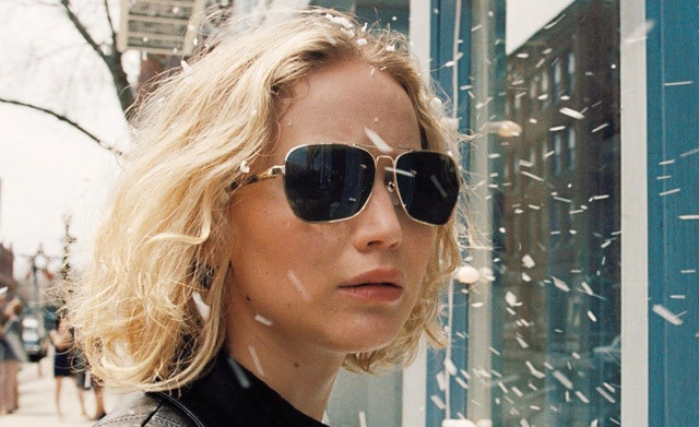 Jennifer Lawrence es Joy Mangano en la más reciente cinta del cineasta David O. Russell. © TM and © 2015 Twentieth Century Fox Film Corporation.