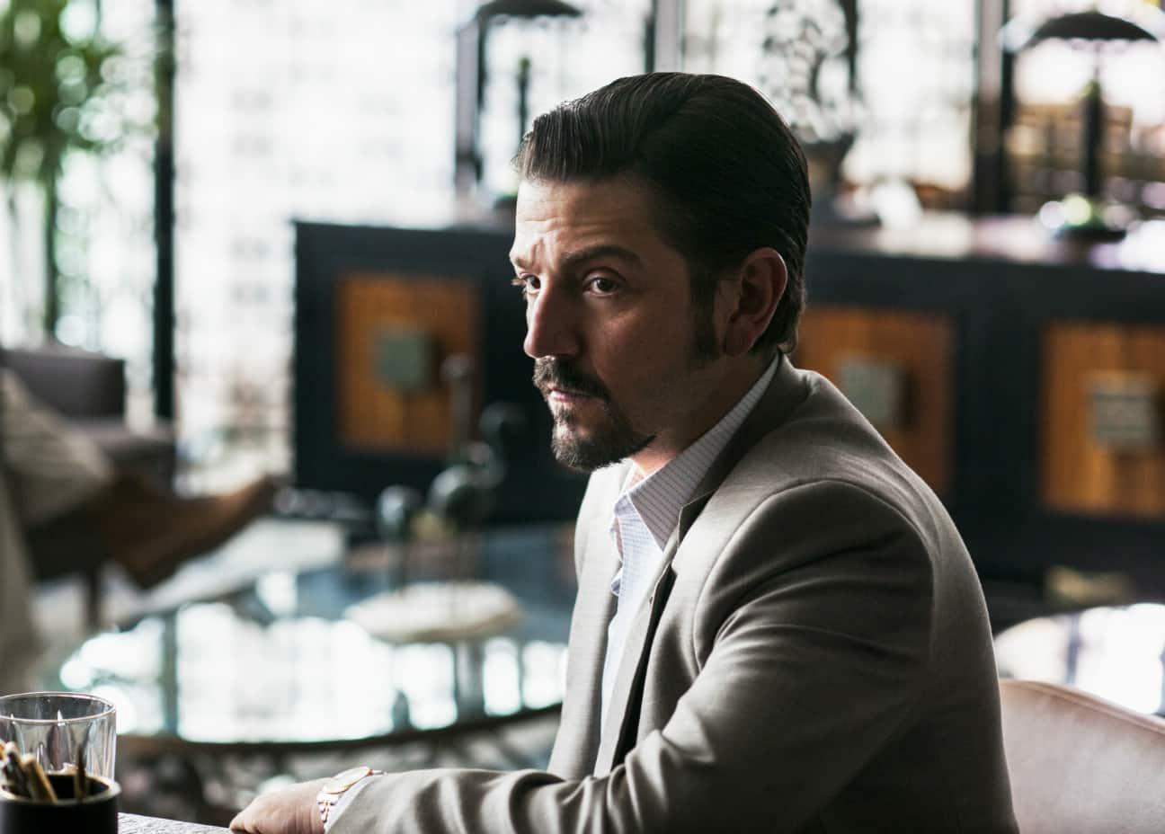 Narcos: México revela primeras imágenes de Diego Luna y Michael Peña en la nueva temporada