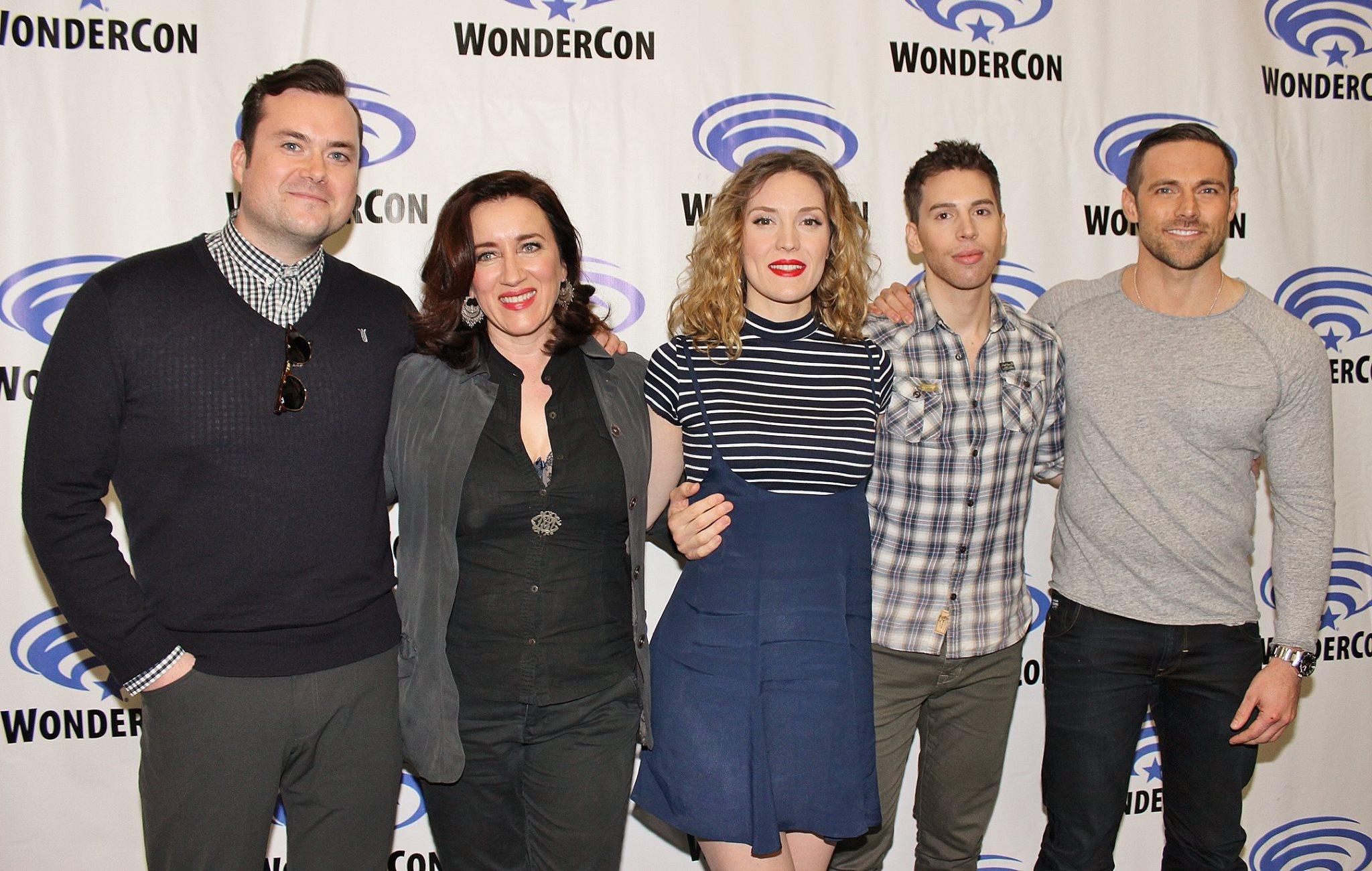 El elenco que acompaña a los clones de Tatiana Maslany en 'Orphan Black'