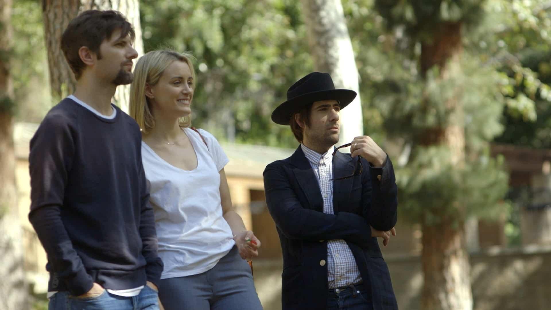 Adam Scott, Taylor Schilling y Jason Schwartzman en 'The Overnight' del director y guionista Patrick Brice.