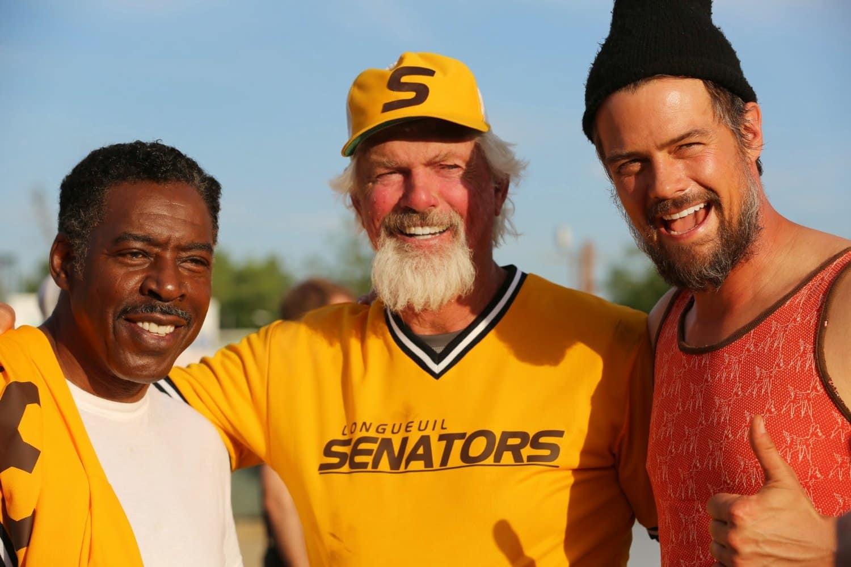Ernie Hudson, Bill Lee y Josh Duhamel durante el rodaje de 'Spaceman'.