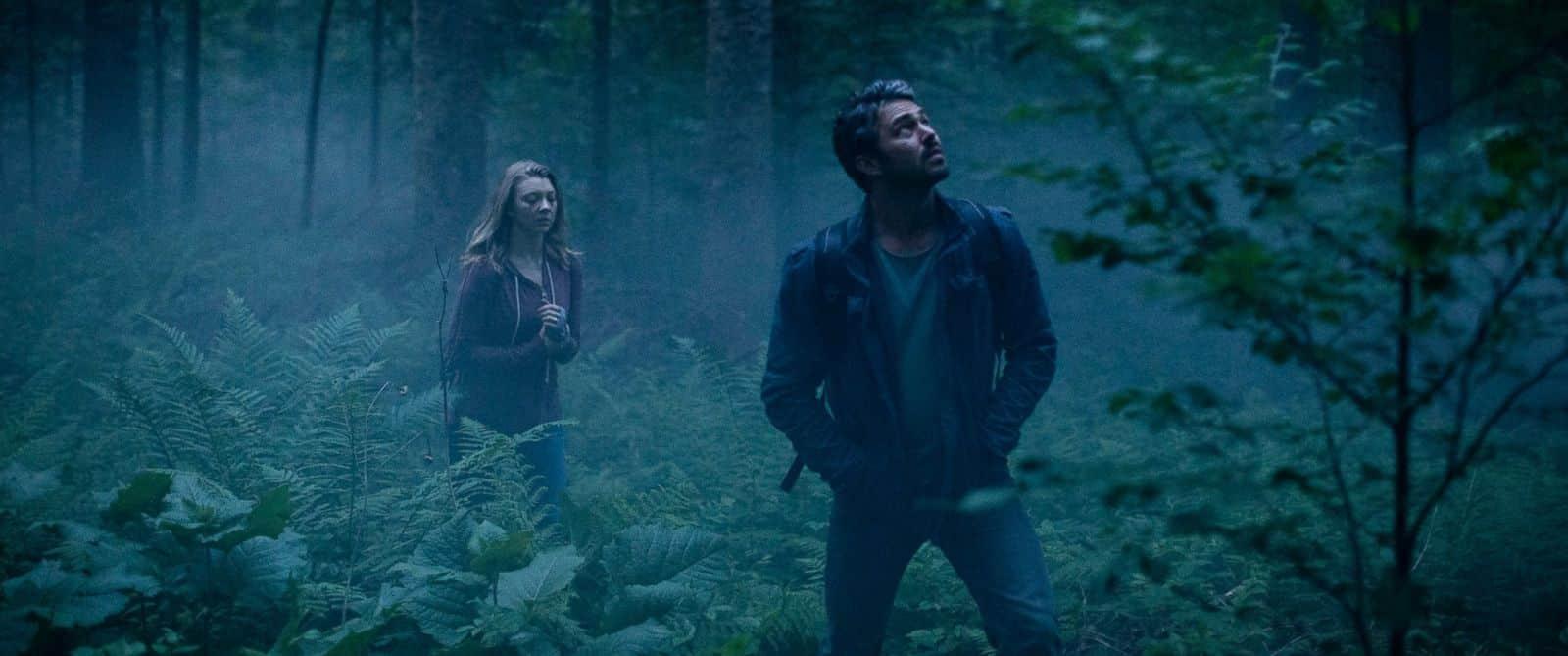 Natalie Dormer y Taylor Kinney en la cinta de terror, 'El Bosque Siniestro', (The Forest). © 2015 - Gramercy Pictures